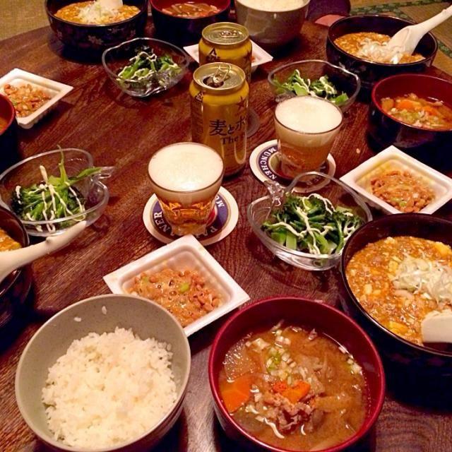 時間がなくて麻婆豆腐だけ同居人に作ってもらいました ベジブロス活躍してます! - 7件のもぐもぐ - 蒸しブロッコリーと納豆とベジブロス豚汁と麻婆豆腐 by toki69