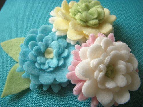 Fleece Flowers. Would be so cute on a fleece hat.