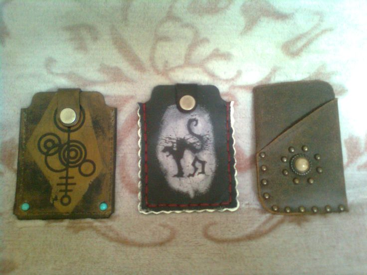 handmade phone case by retrologic.eu possible to order: retrologic.eu@gmail.com
