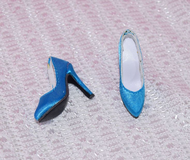 """Tonner 16"""" Marley Wentworth Mad for Accessories Blue Satin Shoes Fit Chic Body A #Tonner #ClothingAccessories"""