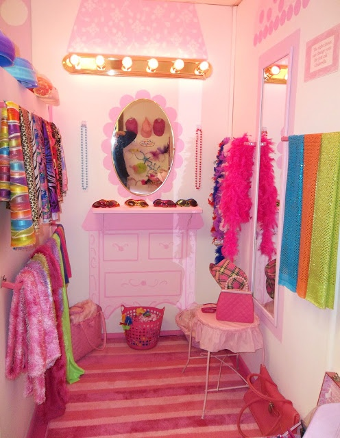 10 best images about kids salon on pinterest childrens for Childrens hair salon