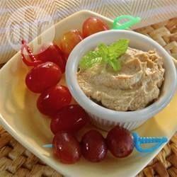 Trempette pour fruits au yogourt et au beurre d'arachide @ qc.allrecipes.ca