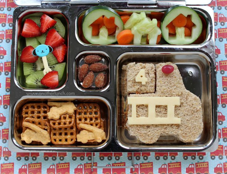Preschool fire truck lunch