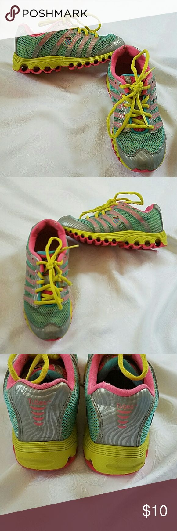 K-SWISS TENNIES Bright and colorful little girl tennis shoes. In great condition except for some mild wearing of fabric at the heal as can be seen in photos. K-Swiss Shoes Sneakers