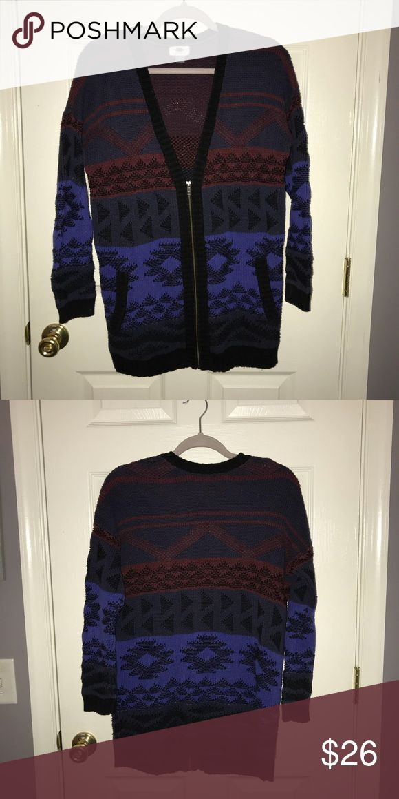 Aztec Zip Up Cardigan Old Navy Aztec patterned zip up cardigan. Very thick & warm. WORN TWICE! Old Navy Sweaters Cardigans