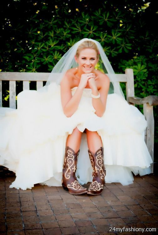 Best 25 dresses with cowboy boots ideas on pinterest for High low wedding dresses with cowboy boots