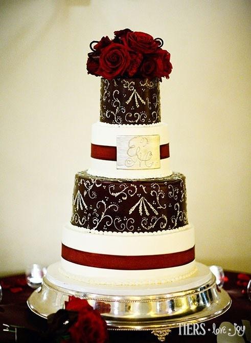 Beverly Bakery Wedding Cake