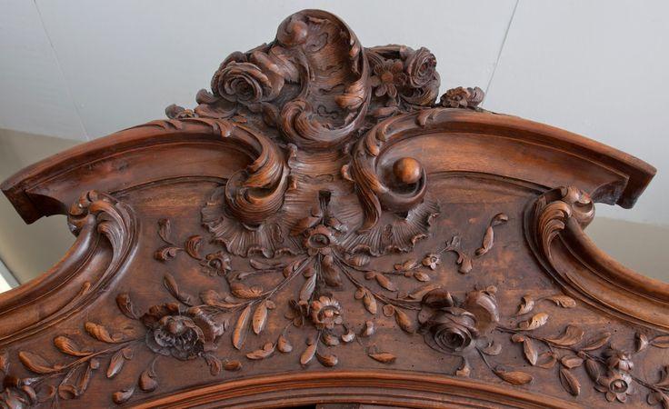 Мастерская резьбы по дереву Бароккос.: Резной декор для мебели .