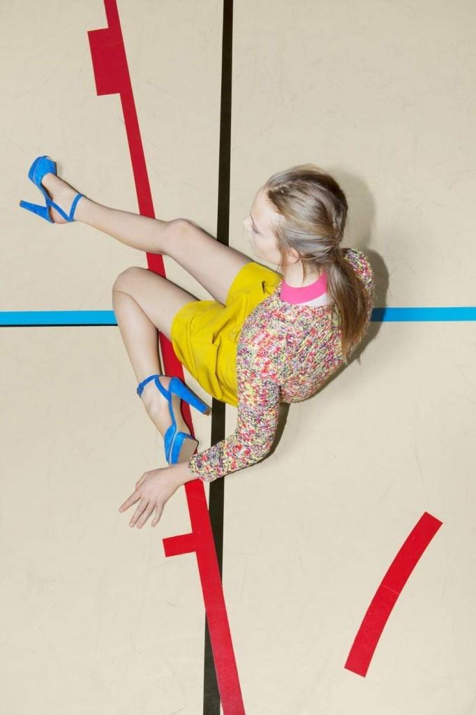 Nimue Smit by Viviane Sassen (Carven Spring-Summer 2012) 4