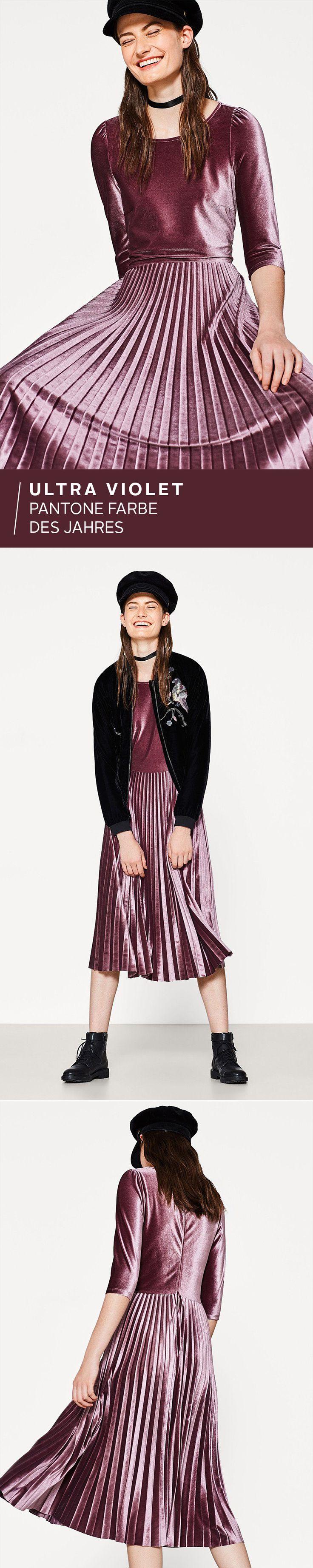 Ultra Violet ist die Pantonefarbe des Jahres – und was für eine! Das Rot-Blau ist wie gemacht für faszinierende Kleider: Das Kleid aus Stretch mit dem Plisseerock kommt aus der Esprit Kollektion und ist dein Highlight-Piece für die großen Auftritte! Ultra schön!