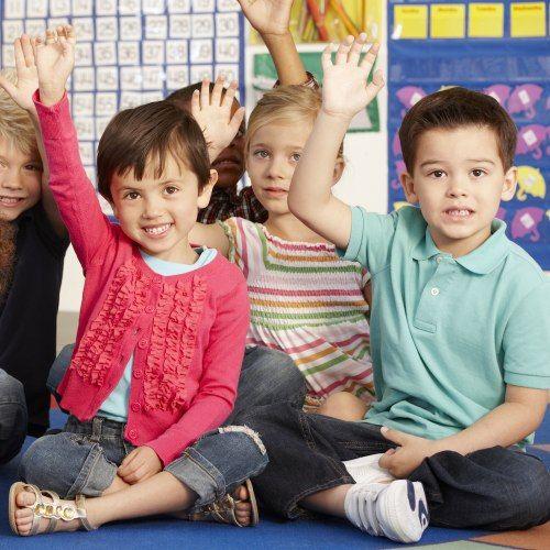 """La teoria #gender esiste davvero? E come si può spiegare ai bambini la cosiddetta """"educazione di genere"""" introdotta dall'ultima riforma della scuola? Ne abbiamo parlato con Federica Turco, ricercatrice dell'Università di Torino ed esperta di gender studies."""