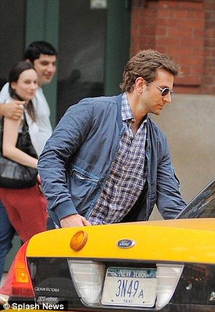 Bradley Cooper took a taxi from 376 Greenwich Avenue to 13 Bank Street near eatery Melibea on July 8, 2013, paying his $10.50 fare in cash, with the tip not recorded http://dailym.ai/1rHYhtH