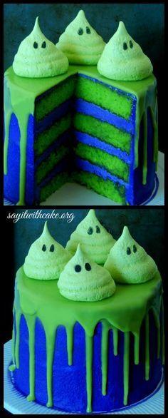 Halloween Cake with Meringue Ghosts | www.sayitwithcake.org | #halloweencake #greenghostcake
