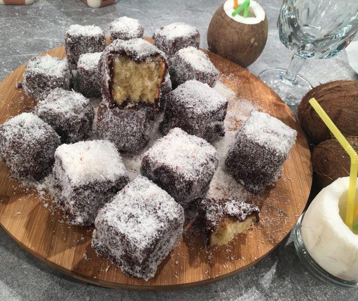 Lamingtons (εύκολα γλυκά, καρύδα-σοκολάτα)