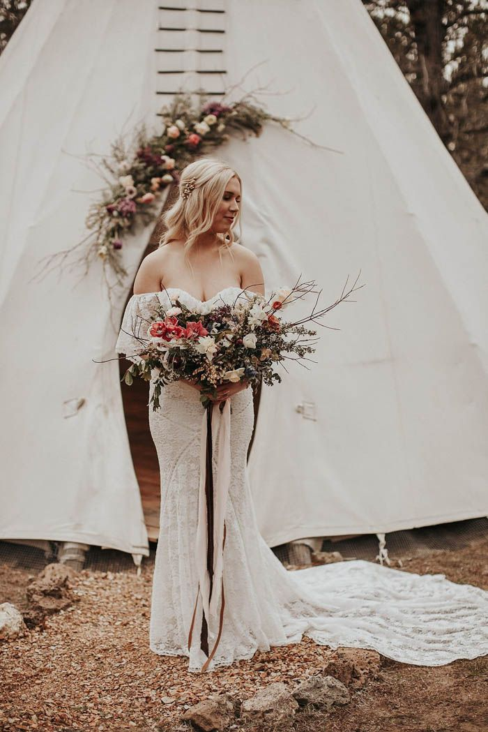 Dreamers & Lovers wedding dresss + Reval Petals-designed wedding bouquet | Image by Lieben Photography