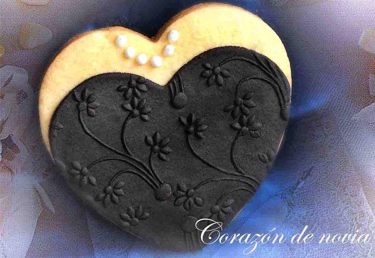 galleta corazón novia negro
