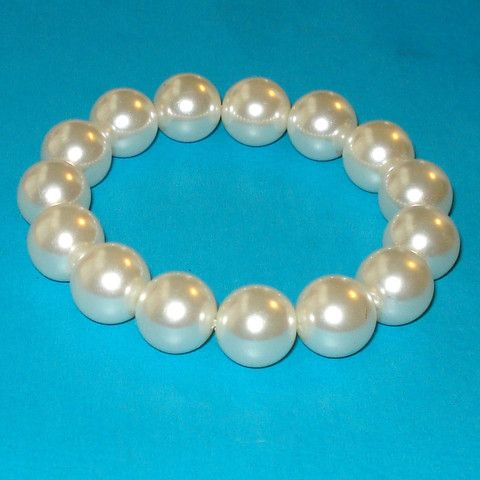 Betty Rubble Pearl Stretch Bracelet - Mookie Designs Vintage