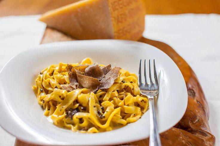 Tagliatelle al tartufo e Parmigiano reggiano #parmanelcuoredelgusto