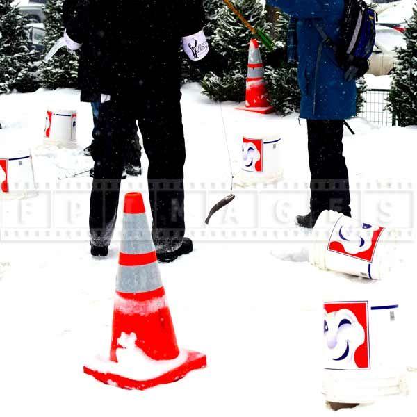 street food bonhomme winterland Trout ice fishing (la peche blanche)
