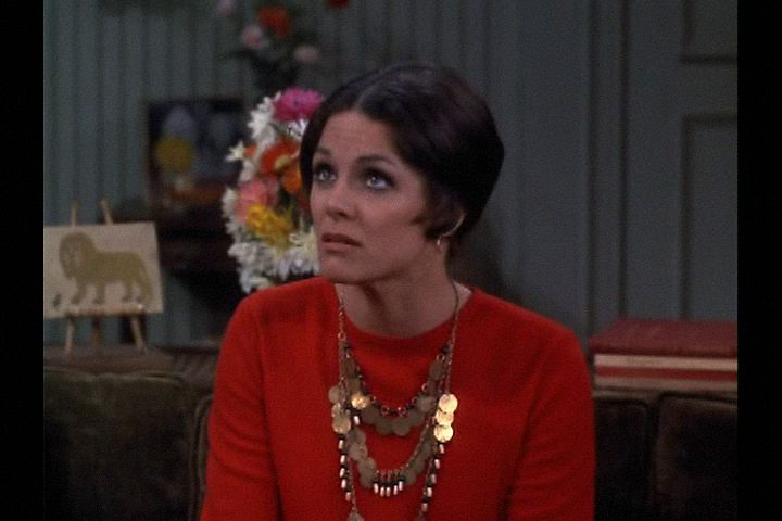 Mary Tyler Moore (1970) , Season 1 , Episode 23, Smokey the Bear Wants You, Episode aired 27 February 1971, ,Valerie Harper , Rhoda Morgenstern