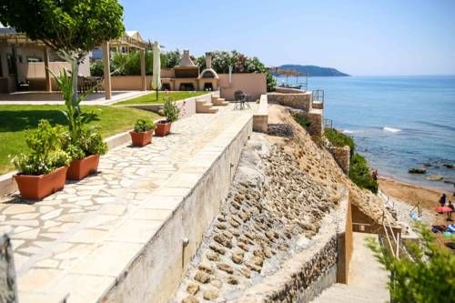 Aquarius House Agios Georgios Aquarius House is a detached holiday home with a garden, situated in Agios Georgios in the Corfu Region. The property is 22 km from Corfu Town and features views of the sea. Free WiFi is provided throughout the property.