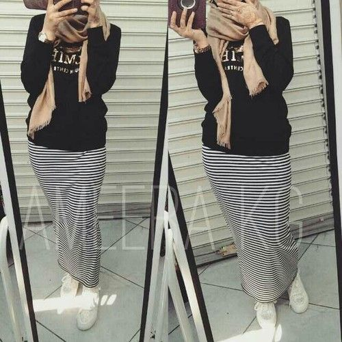 Striped maxi skirt with hijab-Modest Summer Fashion Trends You Need to Follow – Just Trendy Girls