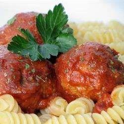 Boulettes de viande en sauce tomate, à la mijoteuse