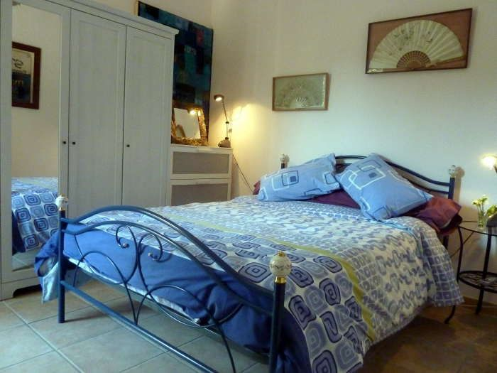 Rose Suite, self-contained accommodation in the South of France at Villa Roquette