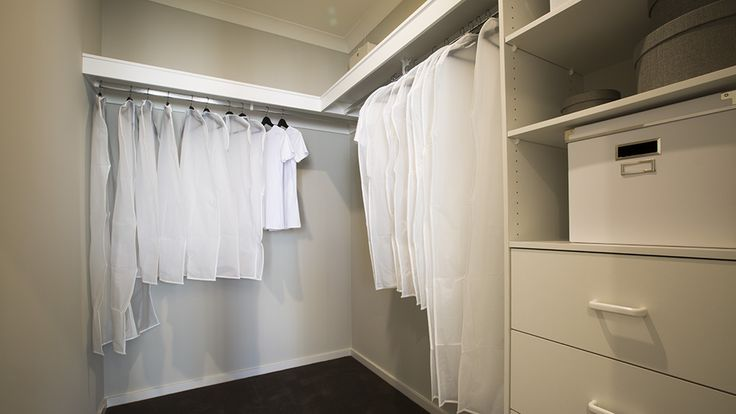 A spacious walk in room will help keep you tidy and organised. #weeksbuildinggroup #newhome #homedesign #homedecor #interiordesign