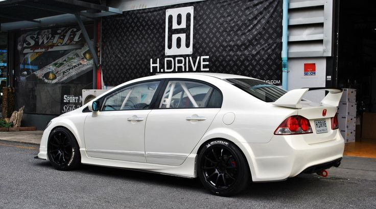 Love this all race, championship white Mugen Civic.  Nice roll cage and white letter wheels too.
