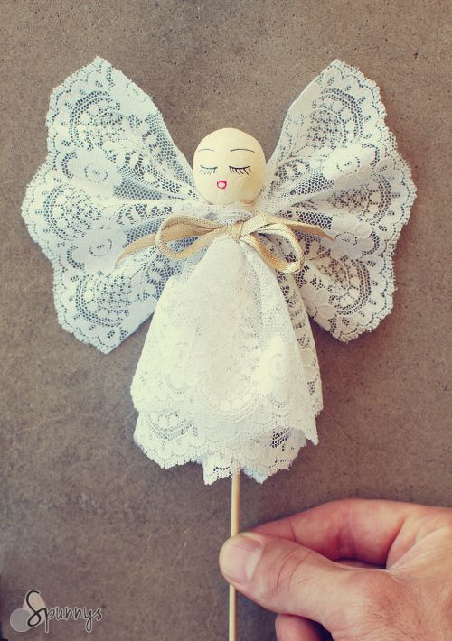 Vintage style angel ornament - Spun cotton ball, lace, and bamboo skewers - DIY tutorial.