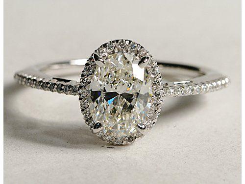 Oval Halo Diamond