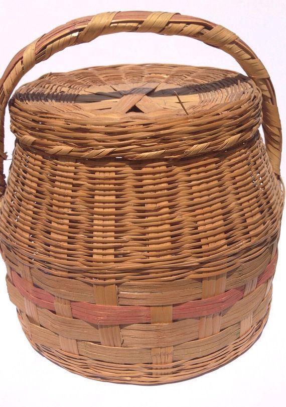 16 best wicker baskets with lids images on pinterest. Black Bedroom Furniture Sets. Home Design Ideas