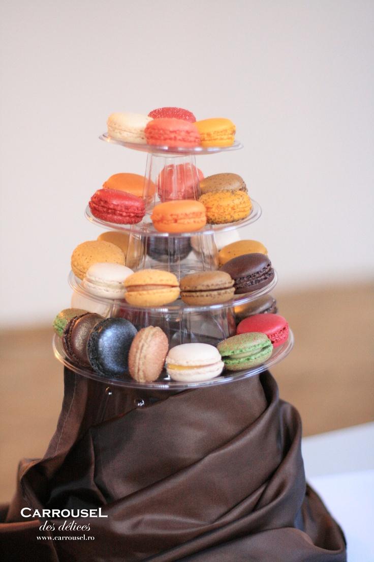 Piramidă de macarons. #carrouseldesdelices #macarons #macarons timisoara