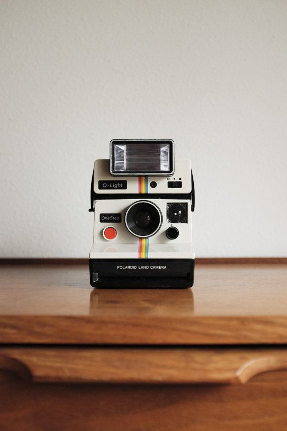 Polaroid SX-70 One Step Camera & Rare Q-Light Flash