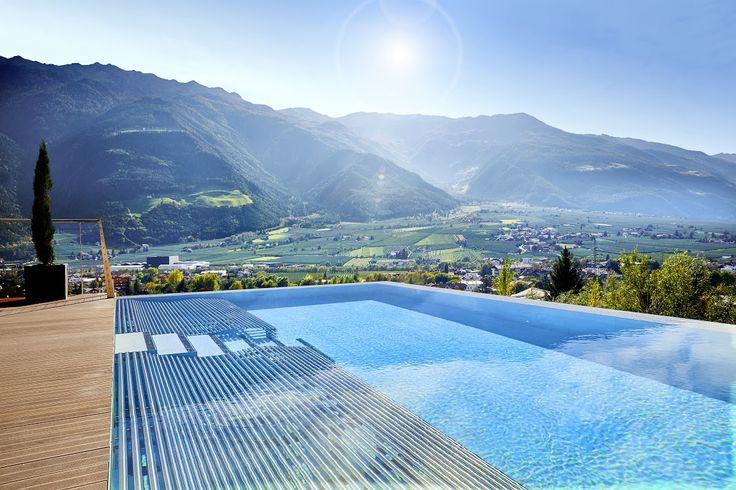 Infinity-Pool Richtung Süd - DolceVita Hotel Preidlhof