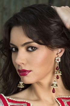 Kundan earrings with double dulce and gold finish