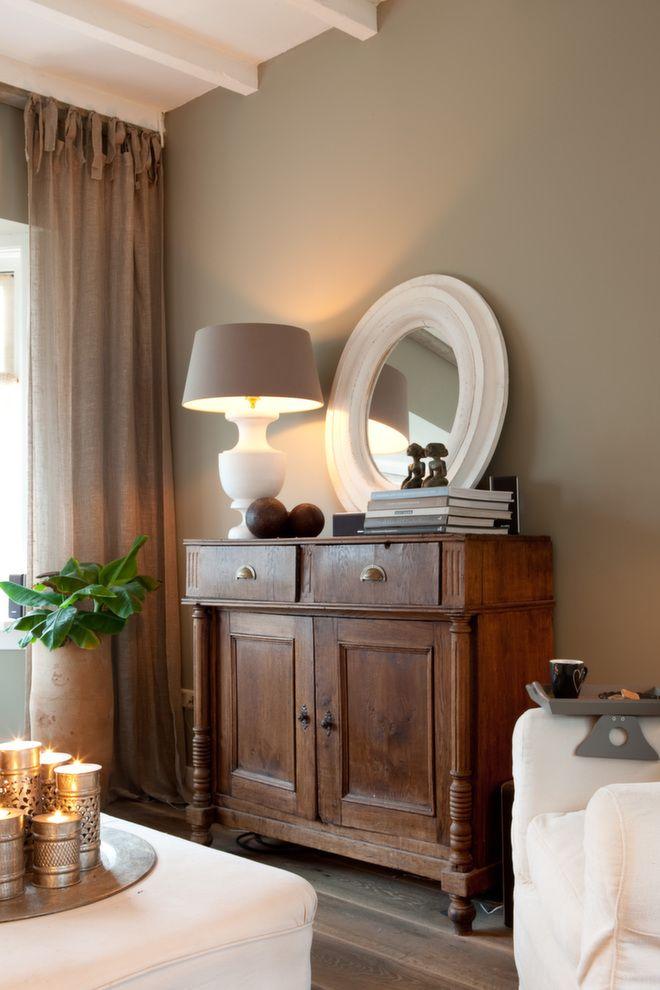 Både møbler og pyntegjenstander er nøye utvalgt.