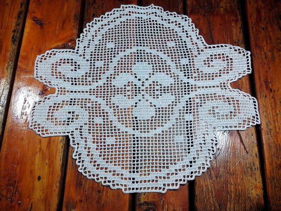 Tablecloth Centerpiece center filet crochet lace by Handmadesfiopi