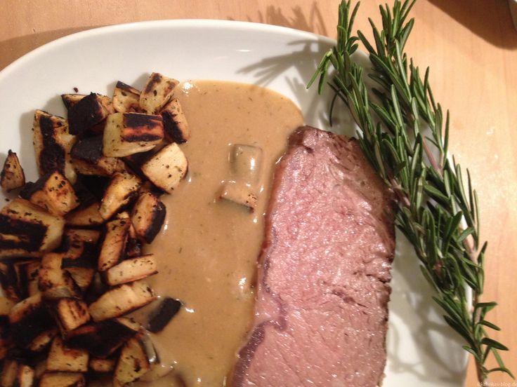 Rosmarin-Roastbeef mit Pastinaken-Bratkartoffeln (Niedertemperatur) | Kalinkas Blog