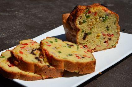 Cake au thon et aux poivrons à la farine de pois chiches