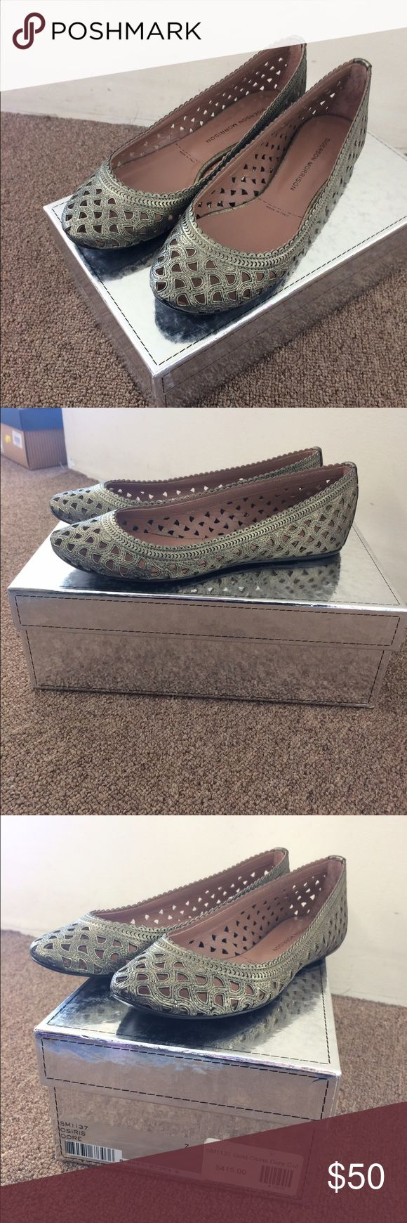 Sigerson Morrison flats size 7 Sigerson Morrison Gold Osiris Dore Cut, size 7, new in box, never worn Sigerson Morrison Shoes Flats & Loafers