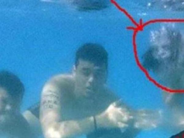 Foto di Bawah Air, Pria Ini Dapatkan 'Kejutan' Mengerikan