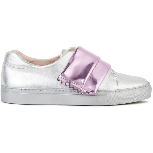 Minna Parikka Candy Rapper Silver Leather Trainers - Size 6 (£285) ❤ liked on Polyvore featuring shoes, sneakers, silver strappy shoes, round cap, leather sneakers, velcro shoes and velcro strap sneakers