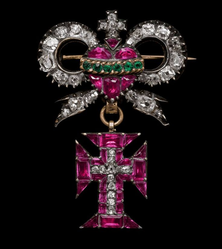 Insignia of the Portuguese Royal Order of the Knights of Our Lord Jesus Christ. Gold, silver, diamonds, rubies and emeralds. 1780.