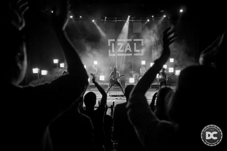 Izal. Rock Concert Photography