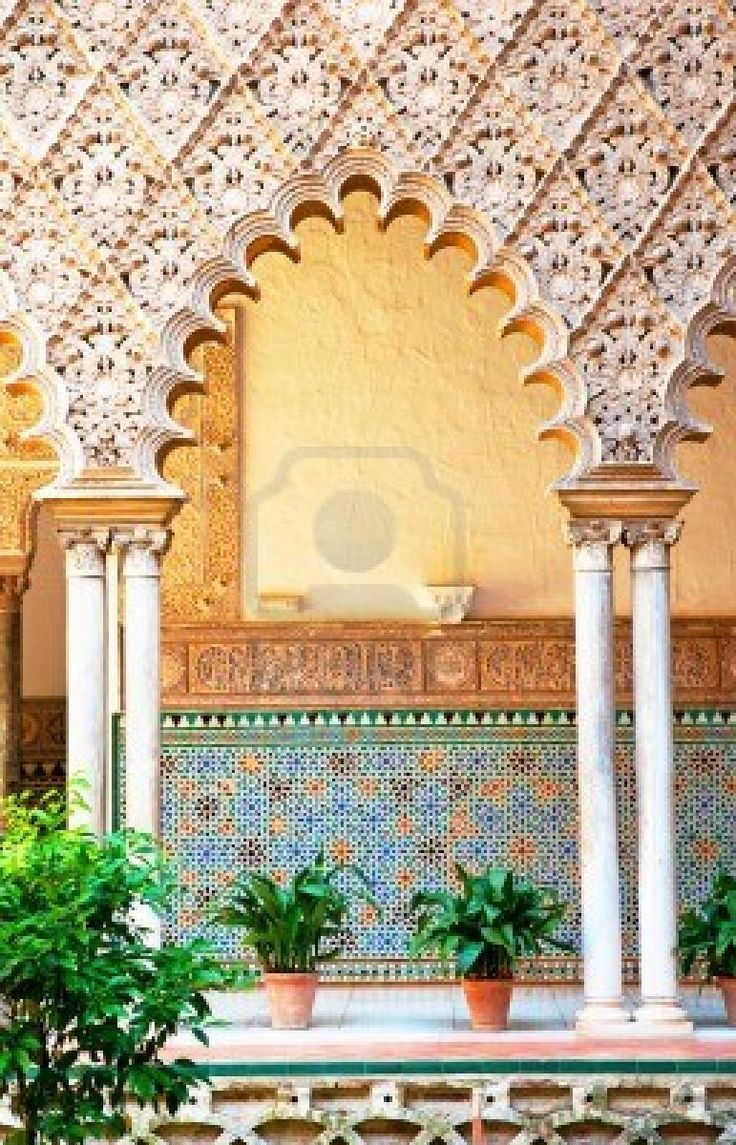 Alcazar in the old town of Sevilla, Spain