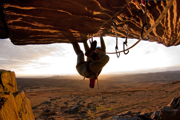 Amber Nectar: Hanging, Climbing Stuff, Adventure, Risky Place, Amber, Breathless Place, Rocks Climbing, Climbing Pics, Risky Sports