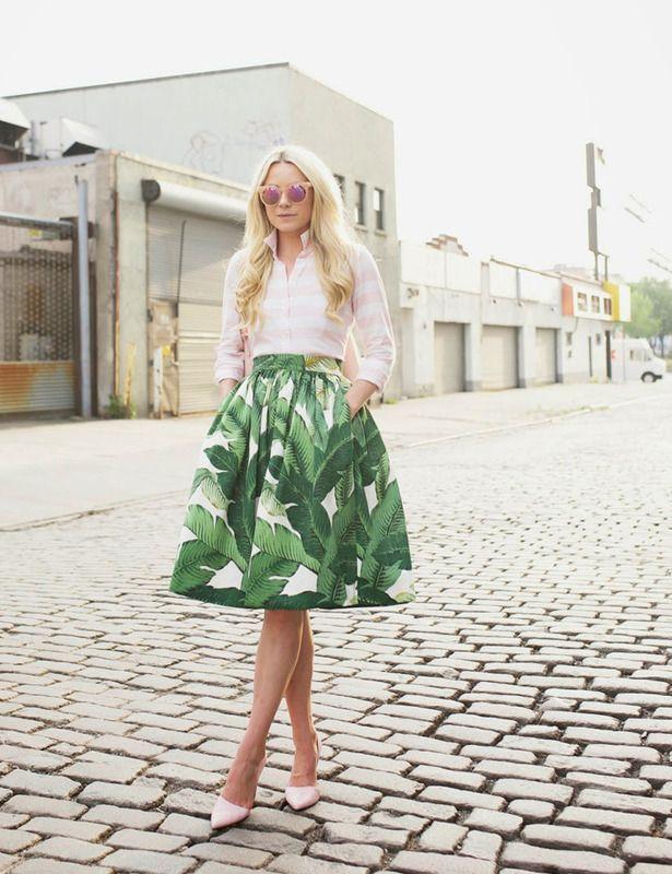 Falda estampada y camisa