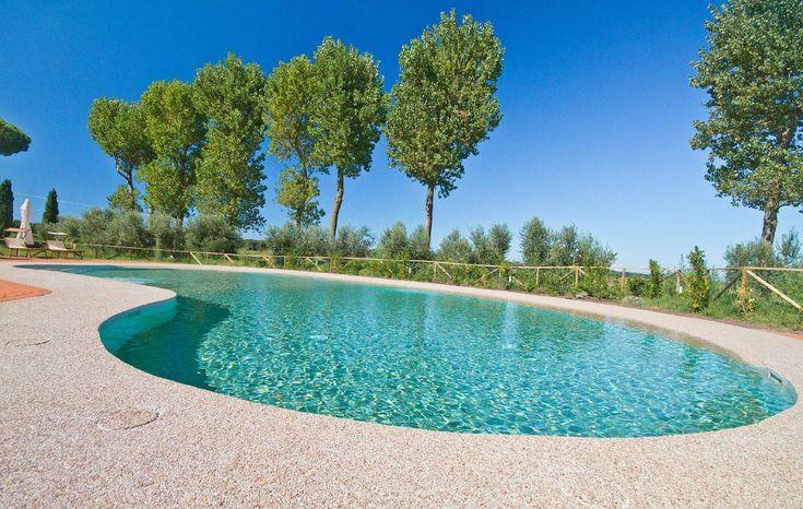 Il piacere della naturalezza della piscina